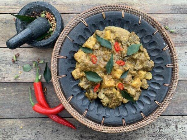 Beef kumara cocnut curry with tamarind